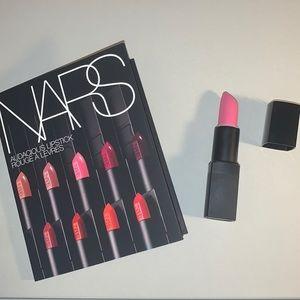 Roman Holiday Nars Lipstick + 8x Audacious Samples